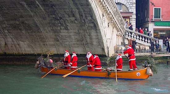 Christmas in Venice. Photo credit: Mdesisto
