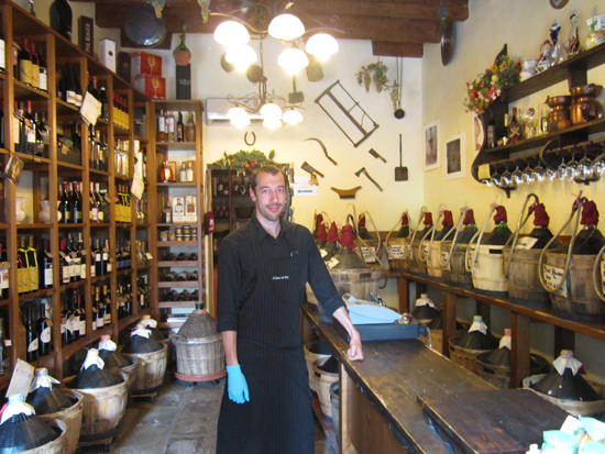 Manuel, owner of Al Canton Del Vin in Castello. Photo credit: Leslie Rosa