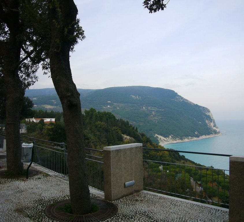 Sirolo - Monte Cónero - Le Marche: Holiday in Italy, What to see and what to do