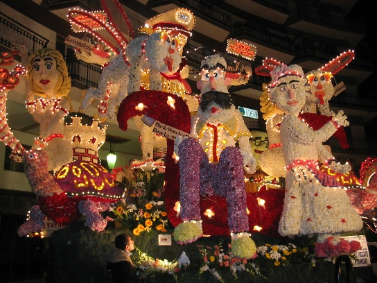 carnival traditions in italy how is carnival celebrated in italy - How Does Italy Celebrate Christmas