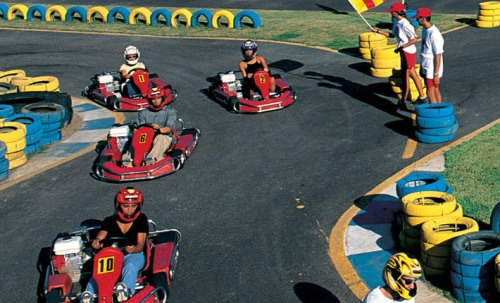 Go Kart im Forte Village Resort