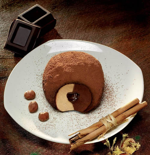 Tartufo di Pizzo: one of the best Italian Desserts!